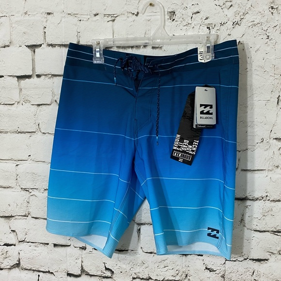 "Men's Billabong Airlite Swim Shorts Trunks 30"" NWT"